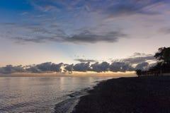 巴厘岛海滩日出 免版税库存照片