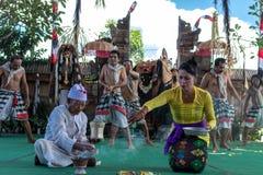 巴厘岛,印度尼西亚- 2017年5月5日:在巴厘岛,印度尼西亚的Barong舞蹈 Barong是一个宗教舞蹈在巴厘岛根据伟大 免版税库存图片
