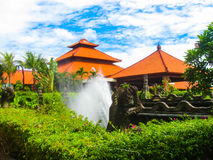 巴厘岛,印度尼西亚- 2009年1月02日:在Ayodya手段的大门 免版税库存照片