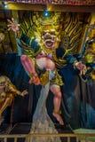 巴厘岛,印度尼西亚- 2017年3月08日:Impresive手工制造结构,为Ngrupuk游行塑造的Ogoh-ogoh雕象,  免版税库存照片