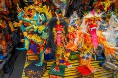 巴厘岛,印度尼西亚- 2017年3月08日:Impresive手工制造结构,为Ngrupuk游行塑造的Ogoh-ogoh雕象,  免版税图库摄影