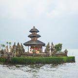 巴厘岛danu pura寺庙ulun 免版税库存照片