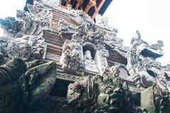 巴厘语上帝雕象塔 免版税库存照片