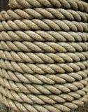 厚实捆绑的绳索 免版税图库摄影