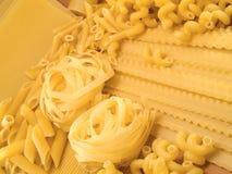 原始的意大利面食 免版税库存照片