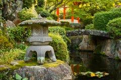 原始的日本庭院 免版税图库摄影
