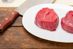 原始的牛肉小腓厉牛排 库存图片