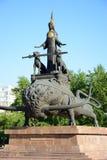 原始的设计的纪念碑在阿斯塔纳,哈萨克斯坦 库存图片