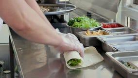 厨师做Shawarma 股票录像