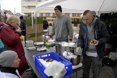 厨师学校救世军的鹤龄捐赠 库存图片