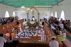 厨师岛民在库克群岛基督教会Avarua Raro祈祷 库存图片