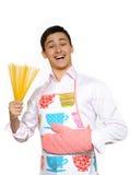 厨师愉快的意大利面食spagetti年轻人 库存照片