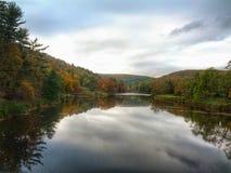 厨师的森林国家公园的号角河在宾夕法尼亚 免版税库存照片
