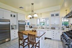 厨房内部看法  图库摄影
