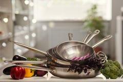 厨房器物商店广告烹调 免版税库存图片