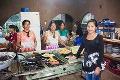 厨房在餐馆在Sacapulas,危地马拉 图库摄影