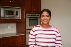 厨房妇女 库存照片