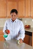 厨房妇女 免版税库存照片