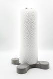 厨房毛巾纸卷站立在灰色塑料持有人的 库存照片
