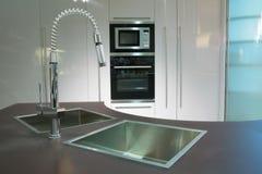 厨房现代超级 图库摄影