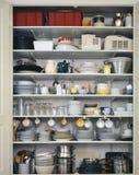 厨房衣物柜 免版税库存照片