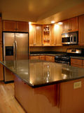 厨房高级垂直 免版税图库摄影