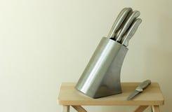 厨房knifes设置了 免版税库存图片