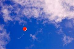 去气球飞行 免版税库存照片