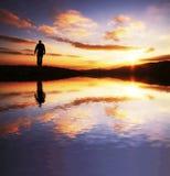 去的男性sunriset 免版税图库摄影