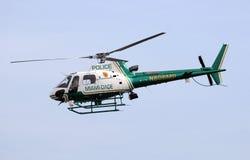 县dade直升机迈阿密警察 库存图片