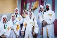 参与在米兰小丑节日的执行者2014年 免版税图库摄影