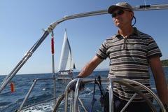 参与赛船会航行水手火鸡 库存照片