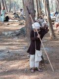 参加者在Hattin争斗垫铁的重建在1187休息的在竞选前的阵营在提比里亚,以色列附近 免版税图库摄影
