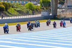 参差不齐开始CEV冠军的125cc种族  库存图片