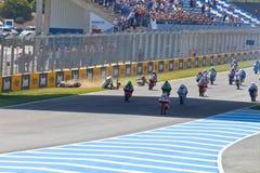 参差不齐开始CEV冠军的125cc种族  免版税库存照片