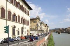 参观佛罗伦萨的视域游人在3月31,2014 库存照片