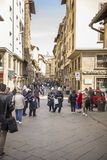 参观佛罗伦萨的视域游人在3月31,2014 免版税库存图片