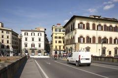 参观佛罗伦萨的视域游人在3月31,2014 免版税库存照片