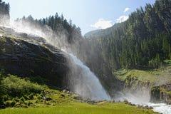 参观在高taunern的人们Krimml瀑布 免版税库存图片