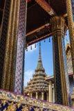 参观的曼谷玉佛寺 库存图片