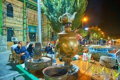 参观的街道市场在德黑兰,伊朗 免版税库存照片