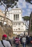 参观阿尔塔雷della Patria (国家历史文物的游人 免版税库存图片