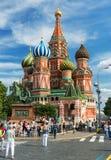 参观2013年7月13日的游人红场在莫斯科,俄罗斯 免版税图库摄影