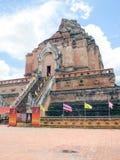 参观Wat Chedi Luang,清迈,泰国 免版税库存图片