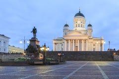 参议院正方形和赫尔辛基大教堂 免版税库存照片
