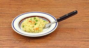 叉子肉饭米桌面木头 库存图片