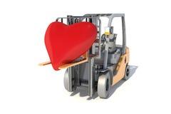 叉架起货车举红色心脏,隔绝在白色背景 免版税库存照片