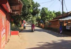 及早moning在Arambol村庄 免版税库存照片