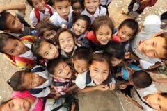 友好的孩子在老挝 免版税库存图片
