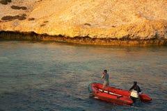双人在一条黄道带在Sirnaka海岛 免版税图库摄影